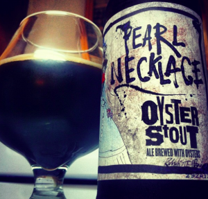 Flying Dog Pearl Necklage Oyster Stout – 3,8